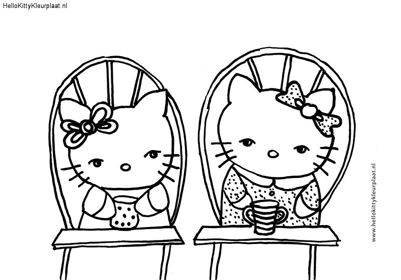 Hello Kitty samen drinken