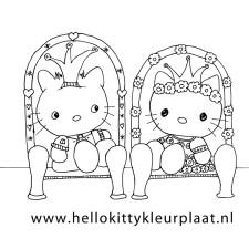 hello-kitty-en-dear-daniel-kleurplaat-zitten-samen-op-de-troon